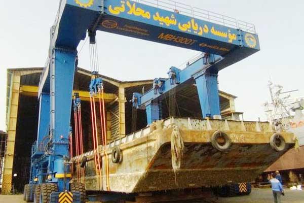 iran-boat-Crane